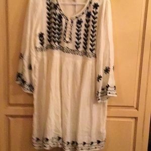 Gauzy embroidered top or Dress
